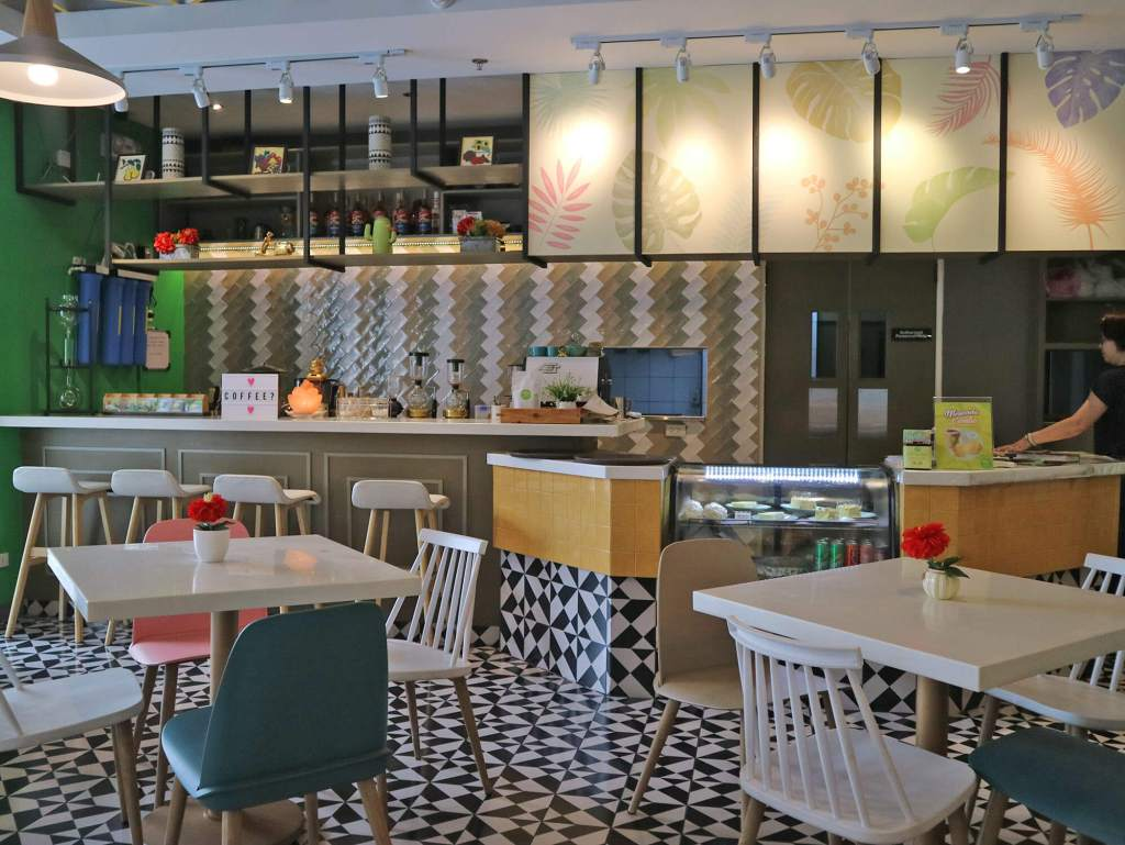 Manna & Golde Cafe Interiors