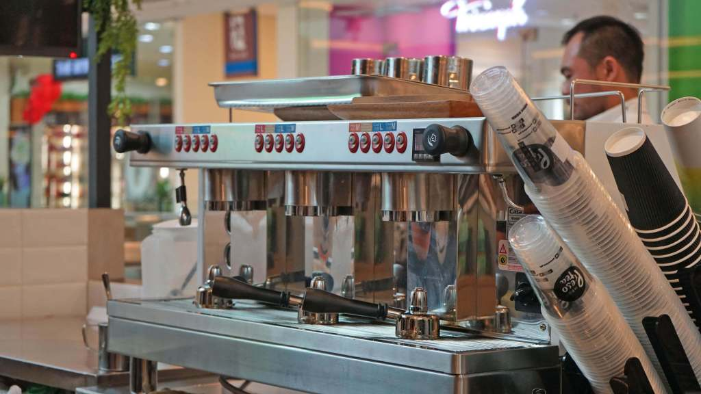 Presotea Philippines Now Open in Robinson's Magnolia - Teapresso machine