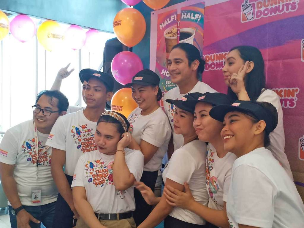 Dunkin' Coffee Day 2019 with Piolo Pascual