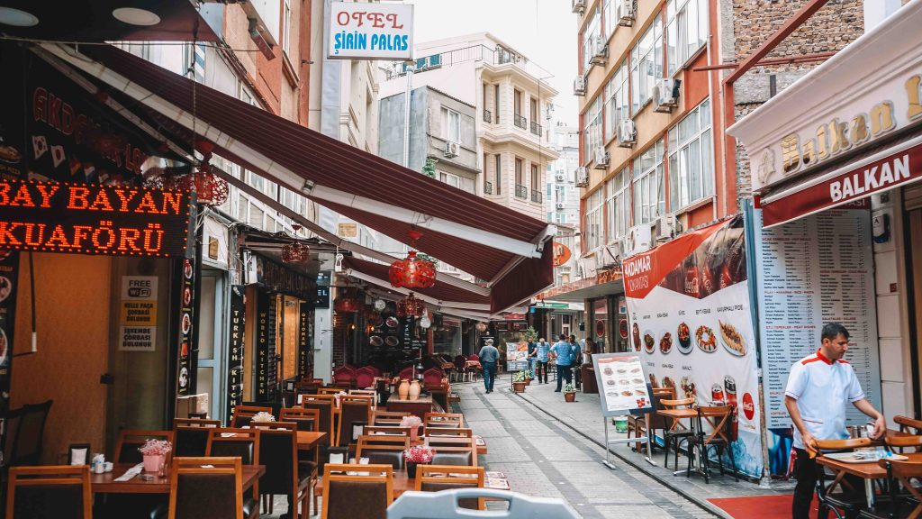 Food tour in Istanbul