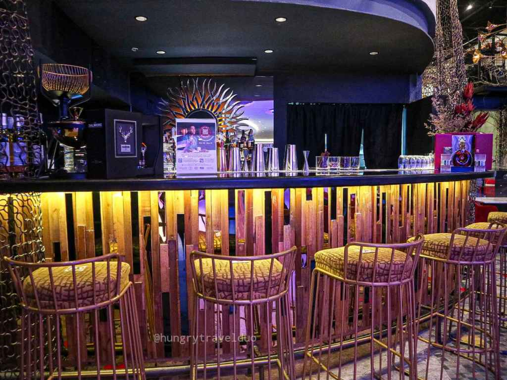Rafael's Tapas Bar and Restaurant - Resorts World Manila- Bar