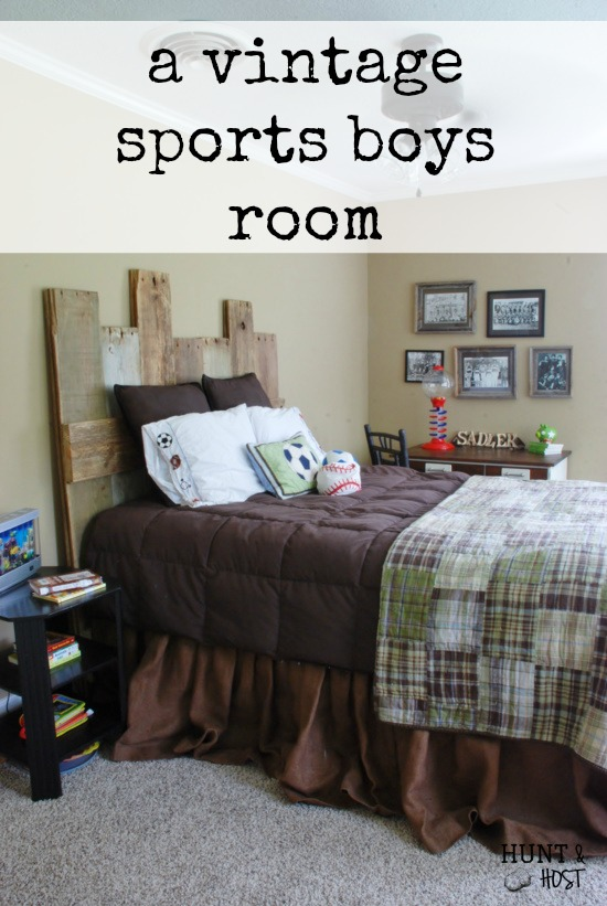 A vintage sports bedroom that a little boy can gracefully grow into! www.huntandhost.net