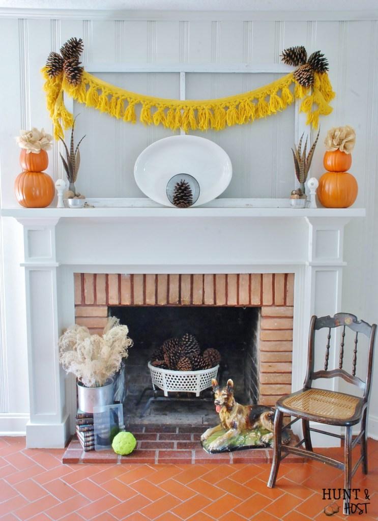 symmetrical vintage fall mantel1
