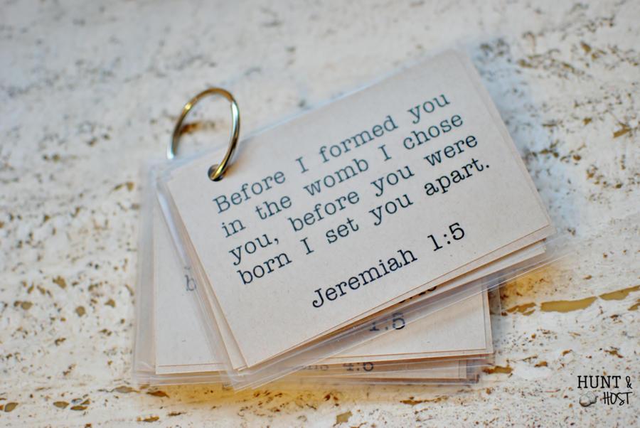 Fantastic Bible Verse Memory Cards - Hunt and Host TJ43