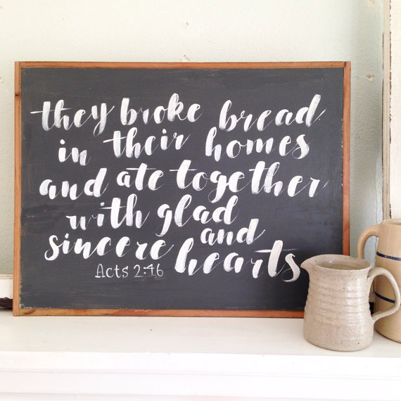 16 gift items for when you want to give a one of a kind gift, but don't want to make it yourself! An Etsy Gift Guide featuring: hand lettered signs, stencils, calendars, wreaths, jewelry and more!