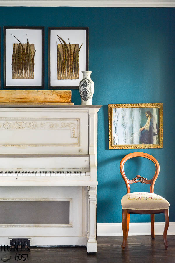 Painted Piano: This 100 year old piano gets a makeover with a two color scheme, a fresh piano painting idea with a color and product source guide.