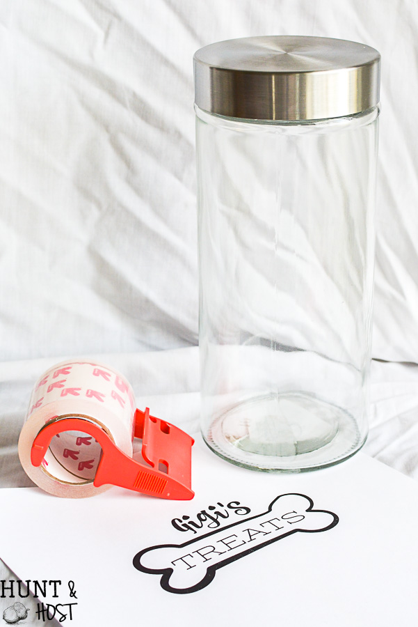 Personalized pet treat jars, easy DIY label anyone can make!