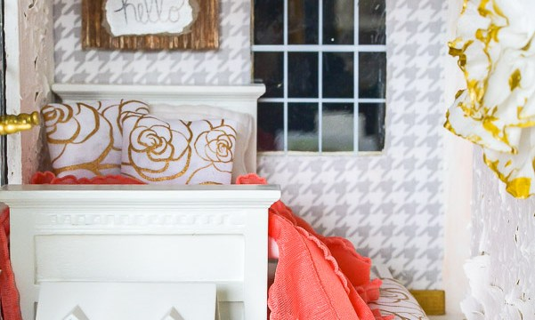 Dollhouse Girls Bedroom