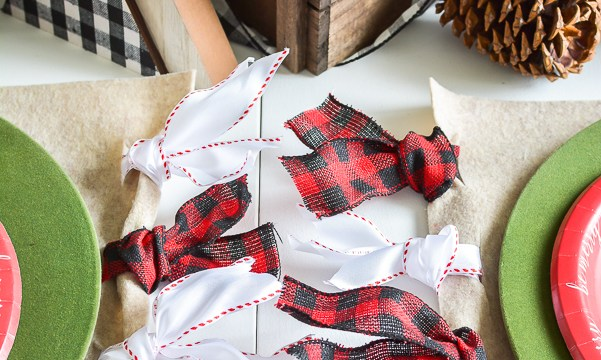 Mad for Plaid Christmas Table with DIY Christmas Placemat