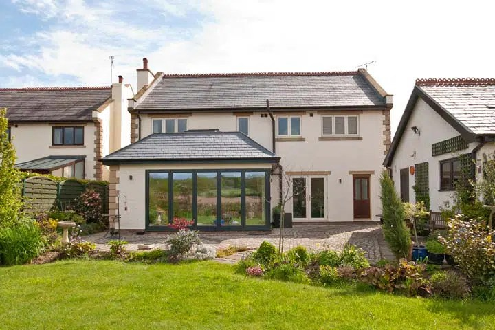 Cheshire Architects Contemporary Extension for a new Garden Room