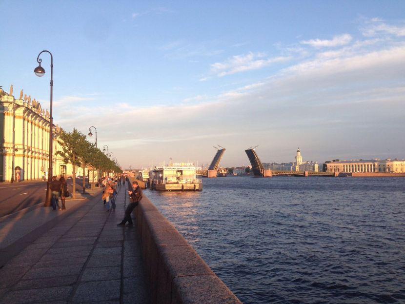 St. Petersburg bridges