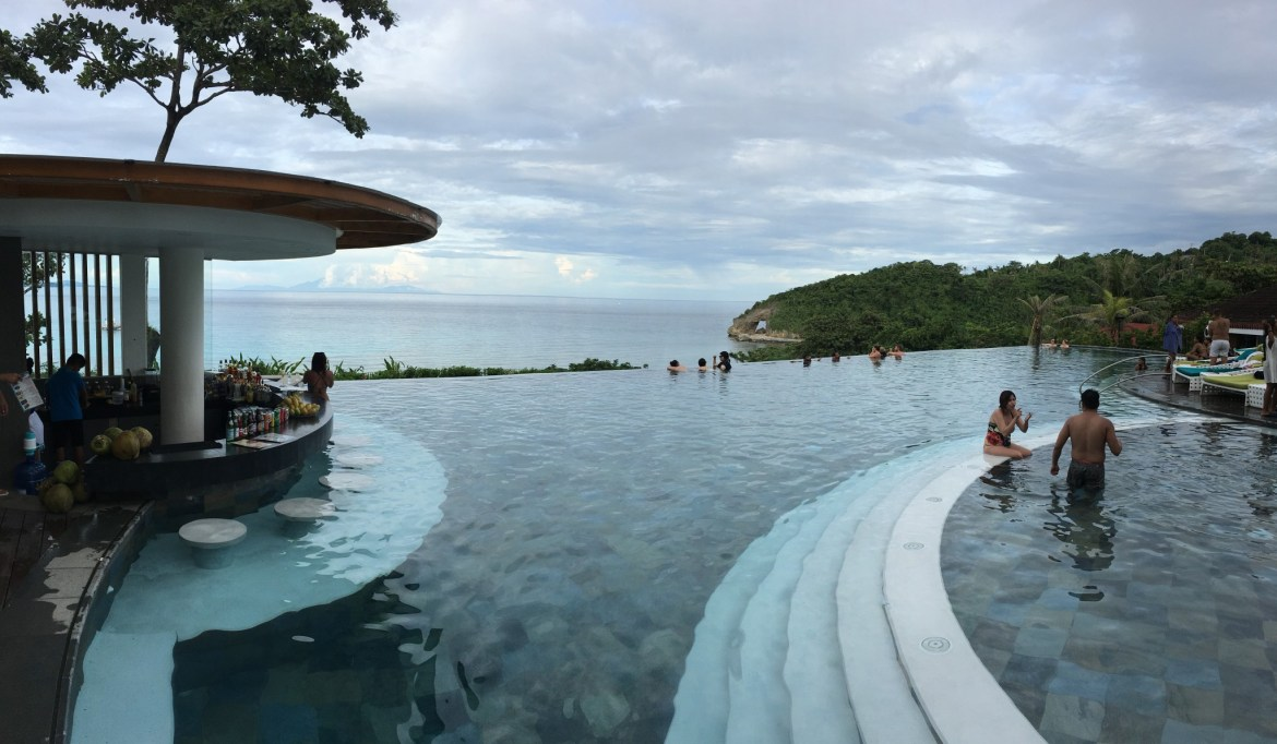 Boracay, Pool bar