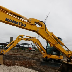 Komatsu Officially Breaks Ground