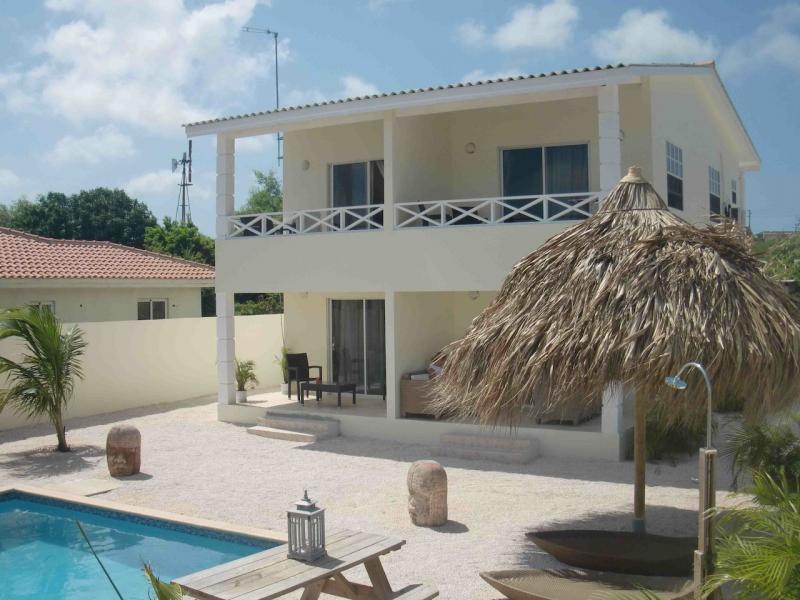 Chenice Apartments inclusief Auto  Curaao  Antillen
