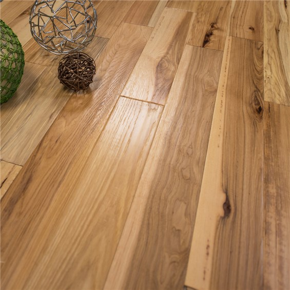 Discount 5 x 12 Hickory Character Hand Scraped 3mm Wear Layer Prefinished Engineered Hardwood