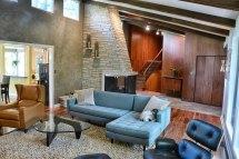 Modern-retro-living-room-design-floating-multi-wall