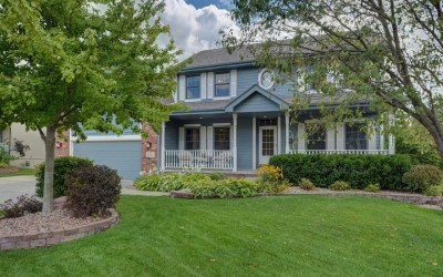 Congrats To Our Sellers, Lisa & Cary, and Sam Hiser's Buyer, Sandy!