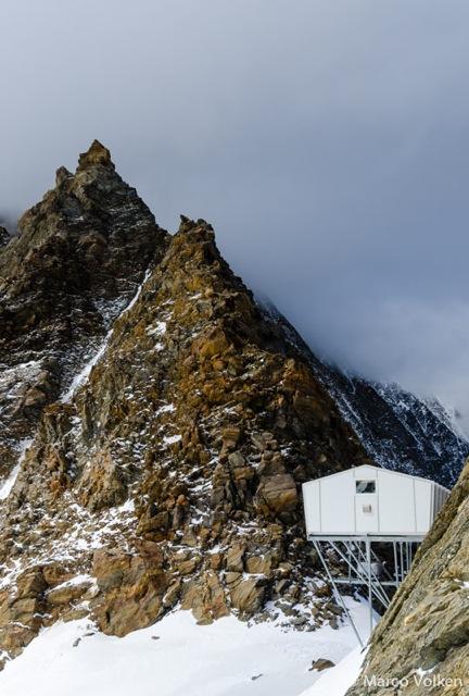 Mischabeljoch Hut, Swiss Alpine Club, hut2hut