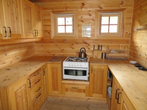 Kitchen, Den Norske Turistforening (DNT) at Rondvassbu Hut, hut2hut operational profile