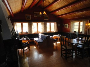 Living room, Den Norske Turistforening (DNT) at Rondvassbu Hut, hut2hut operational profile
