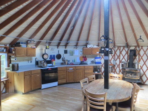 Yurt, Mount Tahoma Trails Association, hut2hut