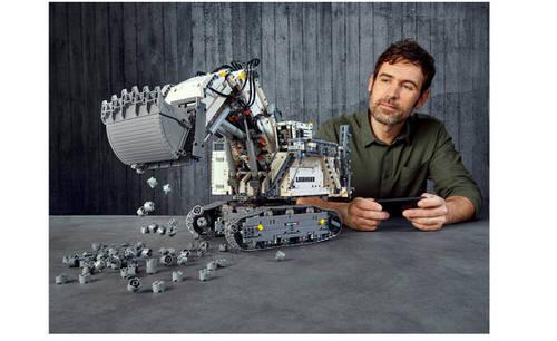 Lego huren Liebherr R 9800 Graafmachine