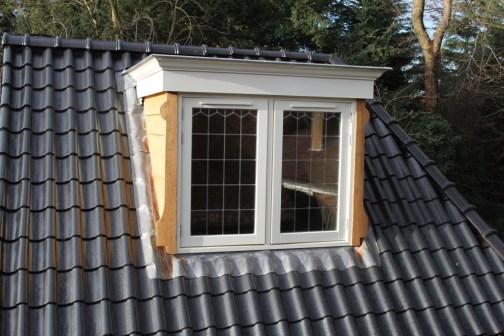 Voorkeur 2011: Plaatsing dakkapel en glas in lood – HvB Support HT84