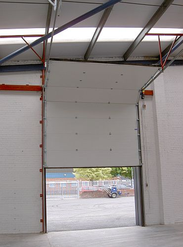 Cobra 610 Insulated Sectional Overhead Door