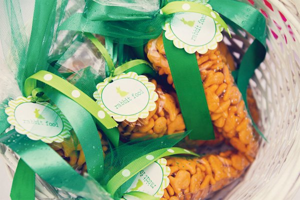 kids easter party favors - goldfish in carrot shaped bags