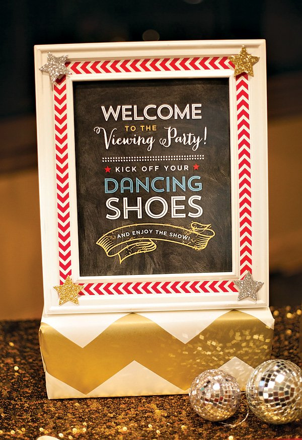 VIewing Party Free Printable Sign