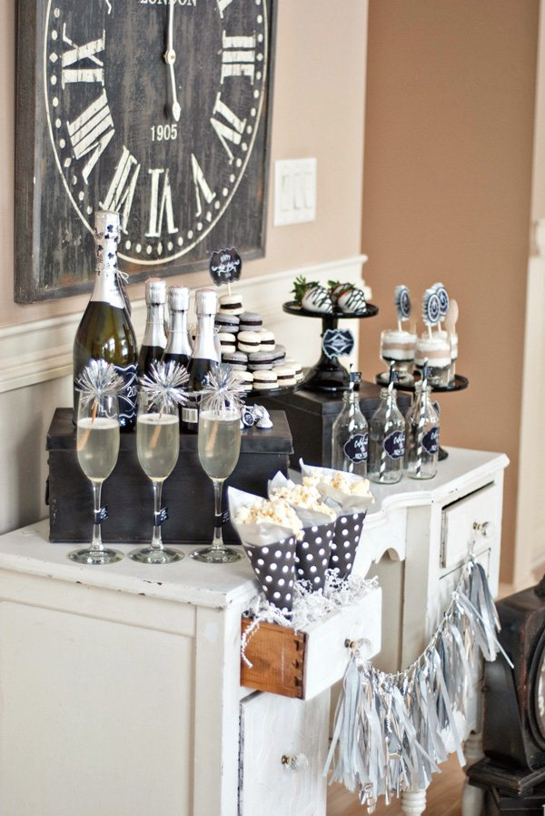 black and silver party champagne bar