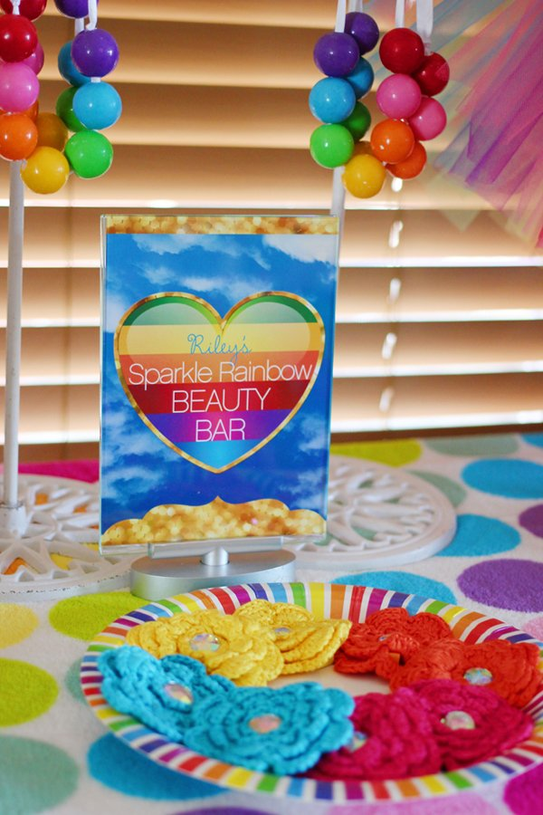 Rainbow-Party-Printables-Dress-Up