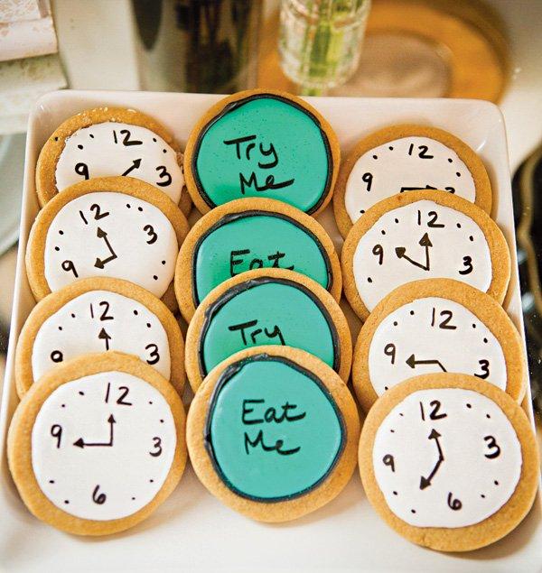eat me & try me clock cookies