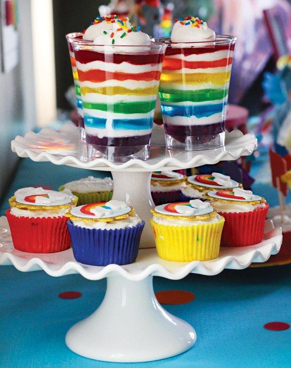 layered rainbow jello parfaits