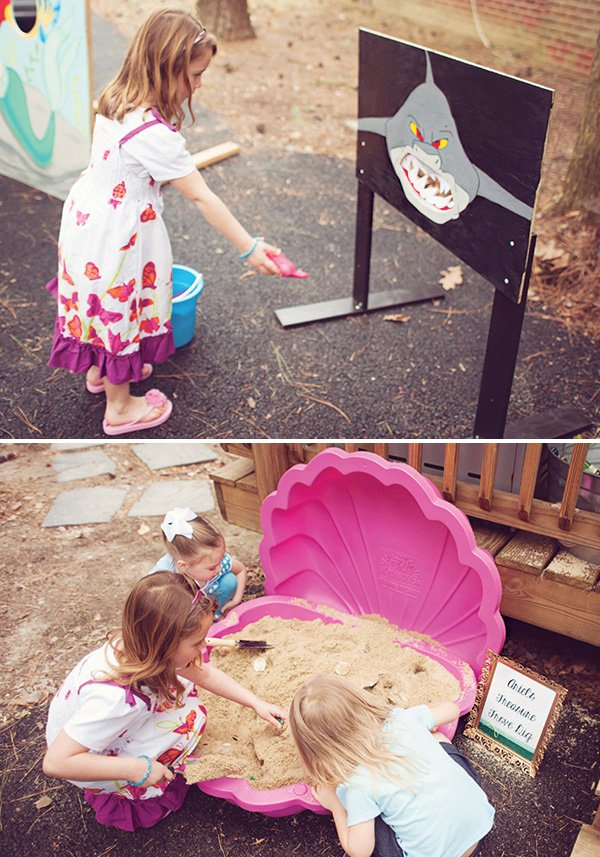 under the sea treasure dig and shark toss games