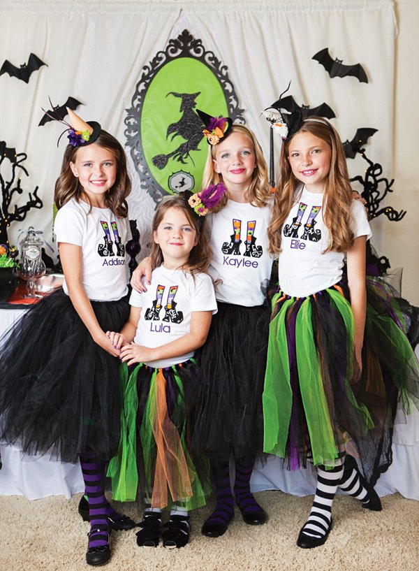 DIY witch halloween costumes