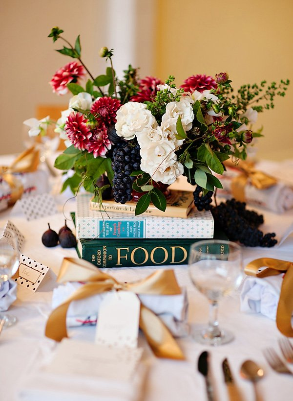 vintage floral centerpieces - red white green grapes