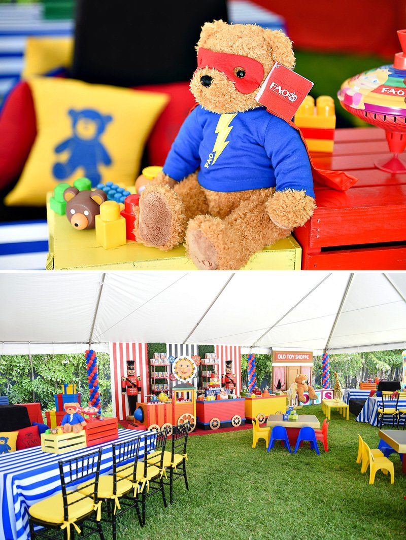 Toy Birthday Party Centerpieces with Teddy Bears