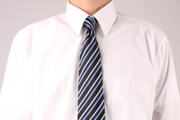ネクタイ 結び方 プレーンノット