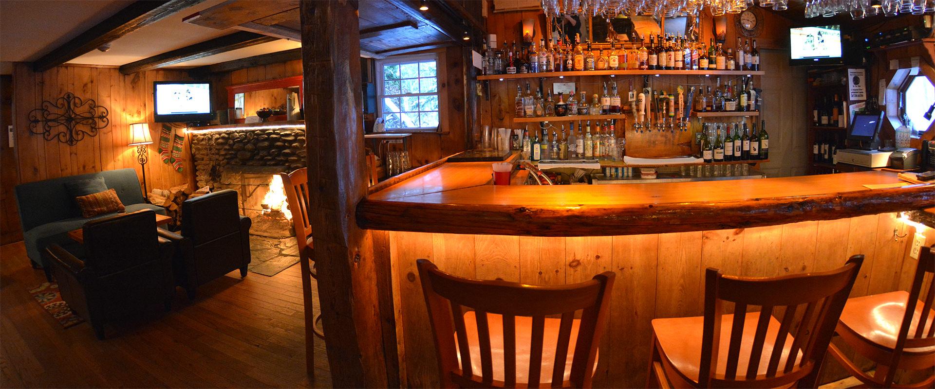 Hyde Away Tavern & Fireplace