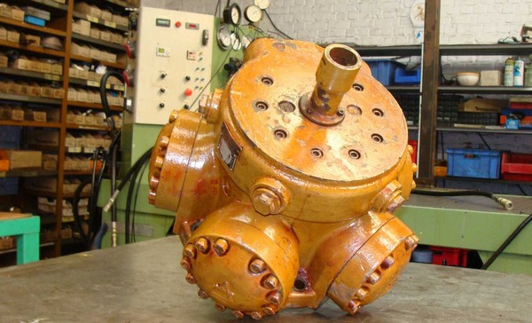 moteur-Hydraulique-reparation-pompe