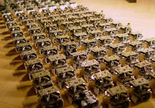 Navy researchers adopt microbial fuel cells to power new generation of tiny robots