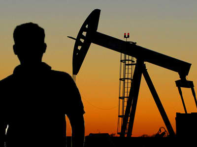 Report shows that domestic oil production may not bring economic benefit