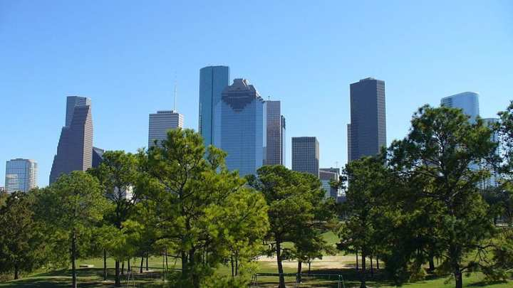 Houston makes progress on renewable energy front
