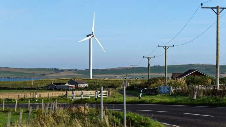 BT to purchase electricity from Scottish wind energy system
