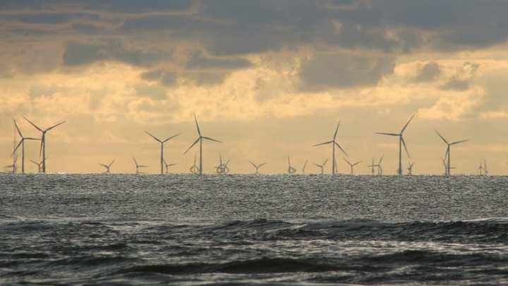 Dutch offshore wind energy developers are looking to make deals with large corporations