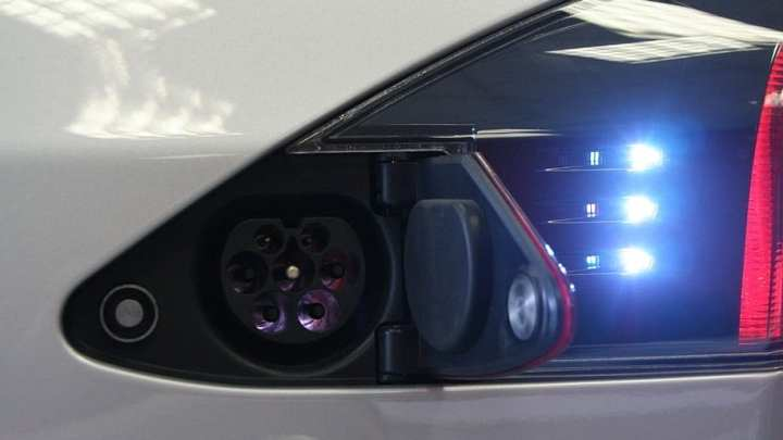 Tesla keeps its promise to build battery system in 100 days or less