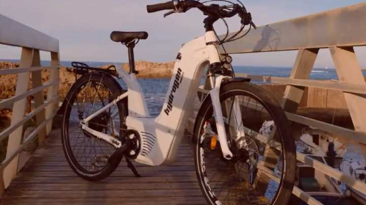 Startup brings a hydrogen fuel powered bike to France