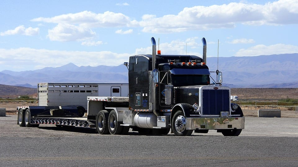 Kenworth introduces new truck powered by hydrogen fuel