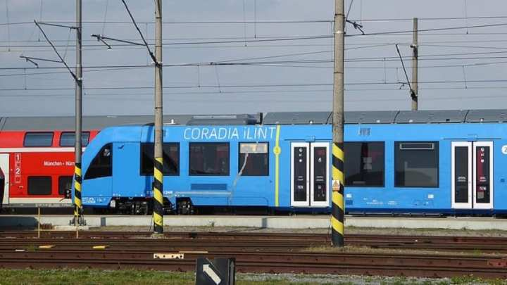 The world's first hydrogen fuel cell trains roll into service in Germany